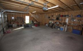 Guest House Garage 2