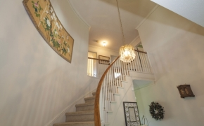 5401Buffalo Road Foyer 2