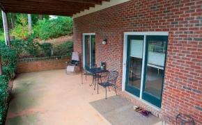 bottom-porch