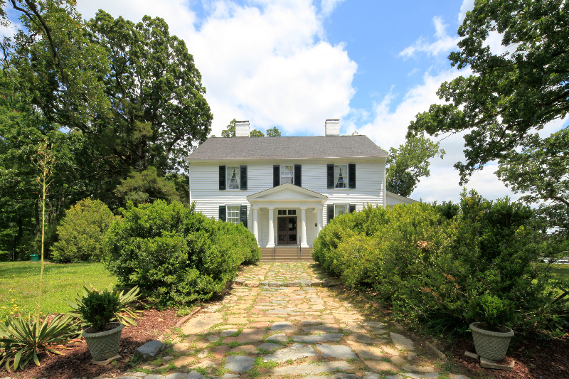Southern plantations legacy farms and ranches north carolina for Southern plantation houses for sale