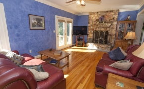 Fox Spring Farm Living Room