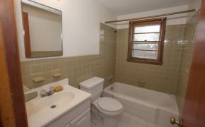 5820 Zebulon Bath 1