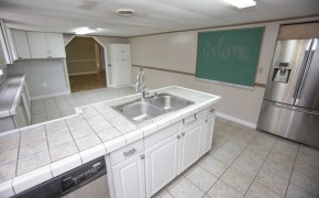 Happy-Trails-Kitchen-4