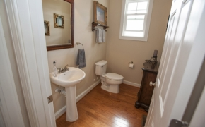 1058 McLaurin Road Entry Bath