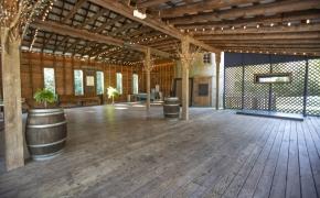 Magnolia Manor Barn