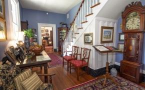 Magnolia Manor Foyer
