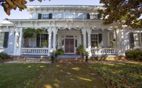 Magnolia Manor Front