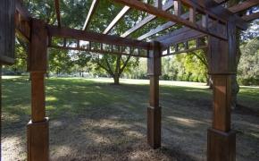 Magnolia Manor Grounds 9