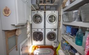 Magnolia Manor Laundry