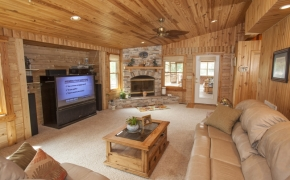 Guilford Horse Farm Living Room2