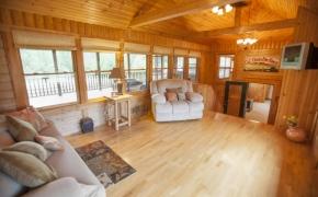 Guilford Horse Farm Lounge 1