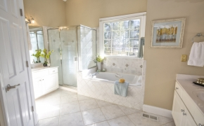Pulley Town Road Master Bath