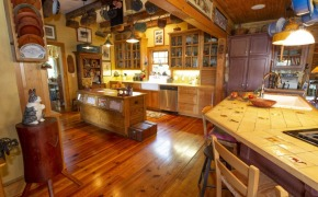 705-Glosson-Road-Kitchen-2