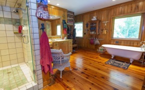 705-Glosson-Road-Master-Bath-2